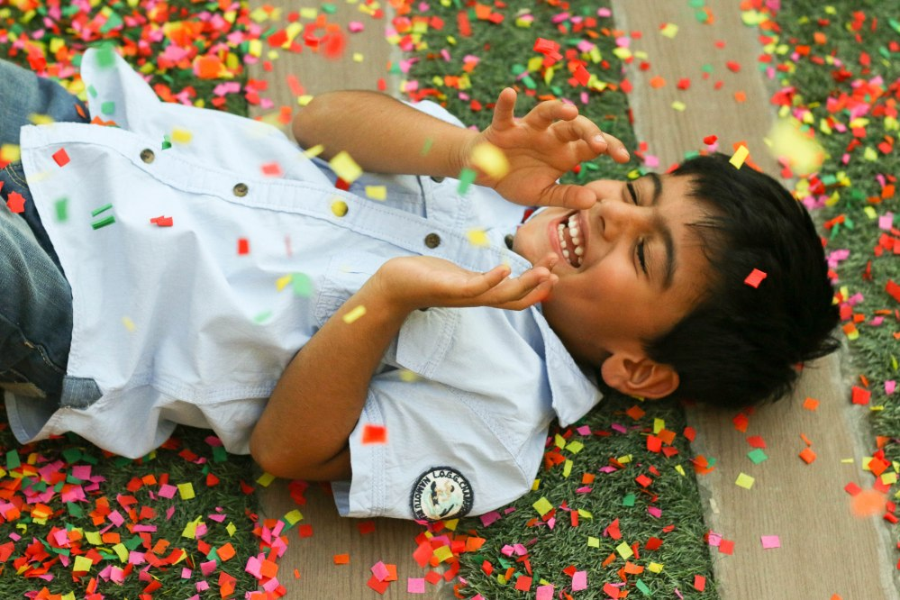confetti photo of kids